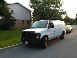 2011 Ford E-250 White  Van