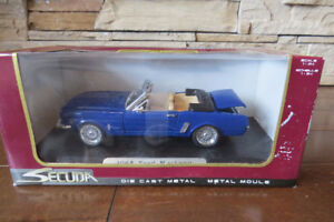 1:24 Scale 1965 Mustang Convertible Diecast