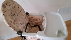 Very  good condition - HIGH CHAIR