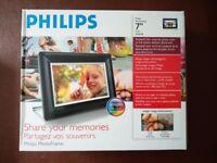 Philips Digital Photo Frame 7inch