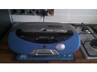 SANYO BOOMBOX CD,RADIO,MINI DISC,TAPE DECK