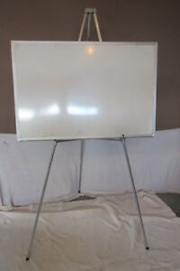 White Presentation Board with Easel