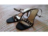 clarks size 7 smart occasion sandals.