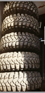 35 12.5 r15 Maxxis Trepidors! Full set of 5 up for trade!!