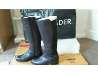 Ladies size 5 leather boots