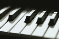 ♦♦AFFORDABLE PIANO LESSONS ♦♦ (Kennedy and 401)