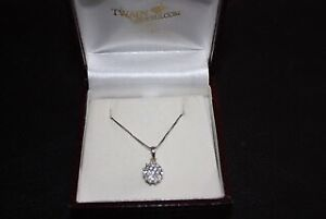 Beautiful New Diamond Pendant and Necklace