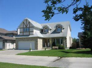 Large Lindenwoods Home