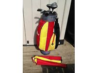 EURO-PRO JUNIOR GOLF CLUB BAG AND JUNIOR LEFT HANDED GOLF CLUBS