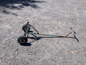 Small trailer wheel dolly