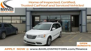2015 Chrysler Town & Country Touring-L (MASSIVE BLOWOUT)