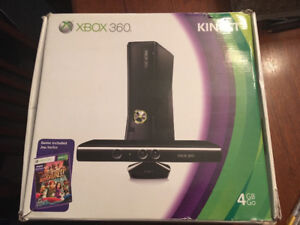 XBOX 360 With Kinect & 11 Games