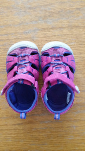 Pink Keen Sandals Toddler Size 5