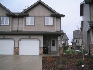 Beautiful Townhouse in Gated Community