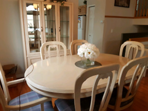 Solid whitewashed wood dining room set