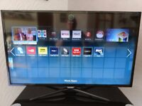 """Samsung 40"""" Full HD, LED Smart TV - UE40F5500, in as-new condition, spares or repair"""