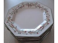 10 Eternal Beau Dinner Plates - Willing to sell individually £2 per plate