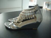 Zodiaco Italian Silver sandals. Brand new.