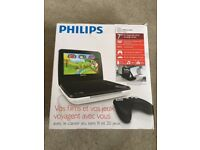 Philips PD7010 DVD player and game pad