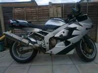 Kawasaki zx6R new tyres chain battery excellent bike