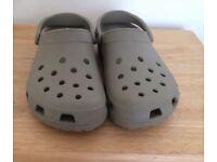 Crocs size 7 stone colour