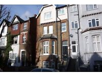3 BED FLAT TO RENT IN WILLESDEN GREEN - MOMENTS FROM STATION (ZONE 2)
