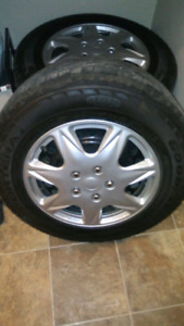 For sale tires and rims(245/65/R17)