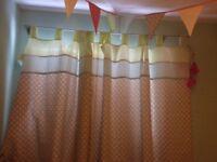 Curtains, light shade, bunting
