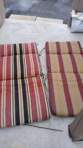 Moving Sale 》》 OUTDOOR LOUNGER CHAIR CUSHIONS *One isREVERSIBLE*