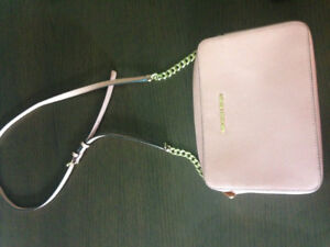 Michael Kors Jet Set cross body in like new condition
