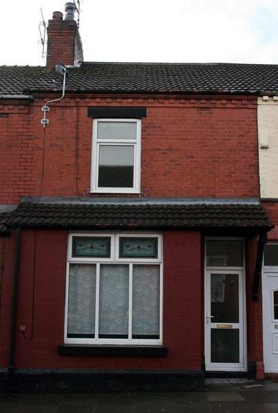 3 bedroom house in Park Road, Widnes, Cheshire, WA8