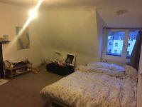 Double room top floor flat Clifton