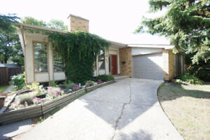 beautiful house in FORT RICHMOND  for sale, offer anytime