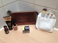 **BRAND NEW & SEALED** Collection 2000 make up bundle