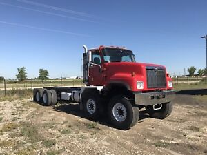 2003 International Paystar 5500i T/A T/A Cab and Chassis