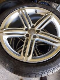 "20"" Alloys whell Genuine with goodyear tyres"