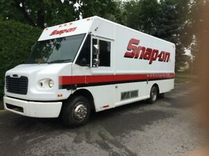 freightliner  mt45 Snap-On