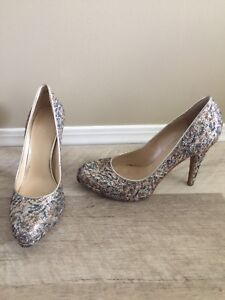 Ladies Pumps - size 8