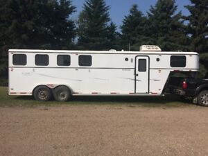 All Aluminum 4 Horse Trailer