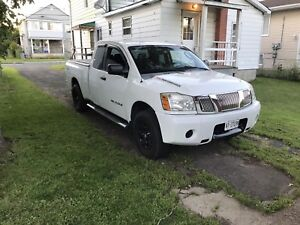 2007 Nissan Titan safetied and e tested