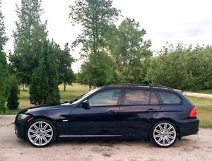 2009 BMW 328XI Touring wagon. Safetied.