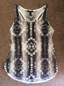 New Forever 21 Top Size Small (8-12)