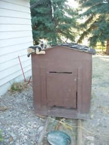 Large insulated dog house for sale