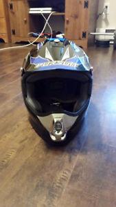 XL 61-62cm Pursuit Mx4 Helmet