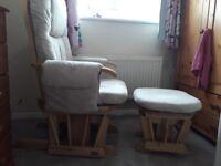 Tutti bambini nursing chair