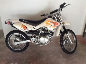 Baja 125dr Mint like New!! 5 speed.. Dirt Bike, Motocross, Trail