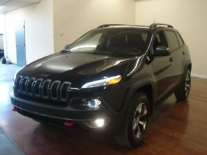 2016 Jeep Cherokee Trailhawk FULL CUIR/TOIT/4X4/HITCH V6 206$/2S