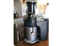 *******REDUCED********Breville juicer