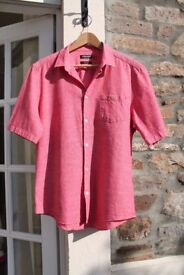 Men's Red Farah size L short-sleeved summer shirt in excellent condition!