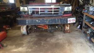 Heavy steel bumper for off road rig